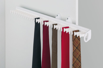 Tie rack, extending, for 32 ties
